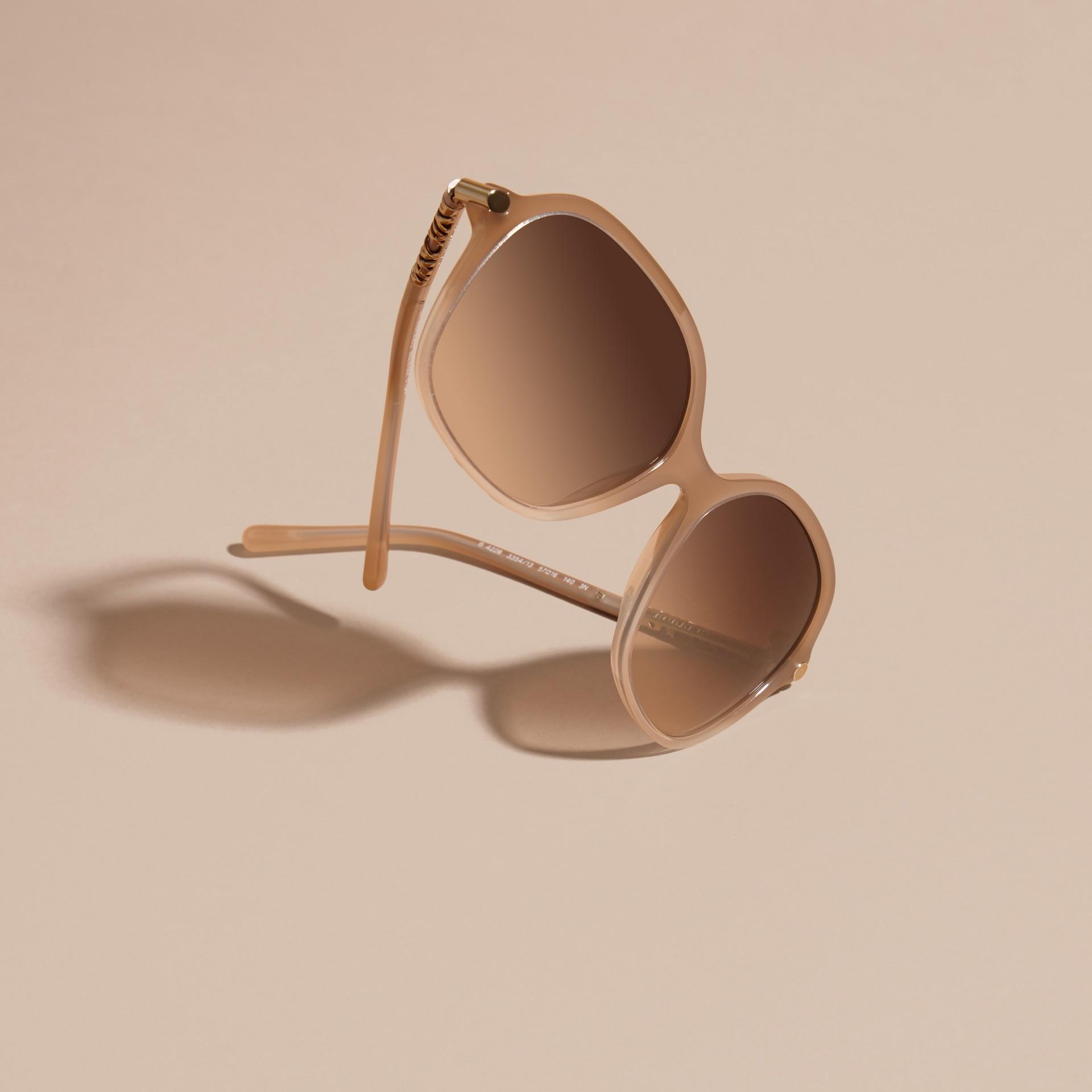 Chino grey Check Detail Round Frame Sunglasses Chino Grey - gallery image 3