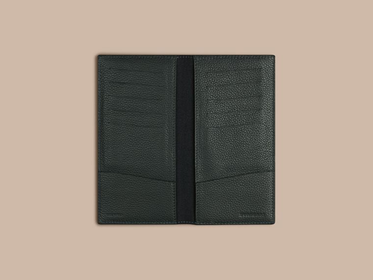 Grainy Leather Travel Card Case in Dark Forest Green | Burberry - cell image 1