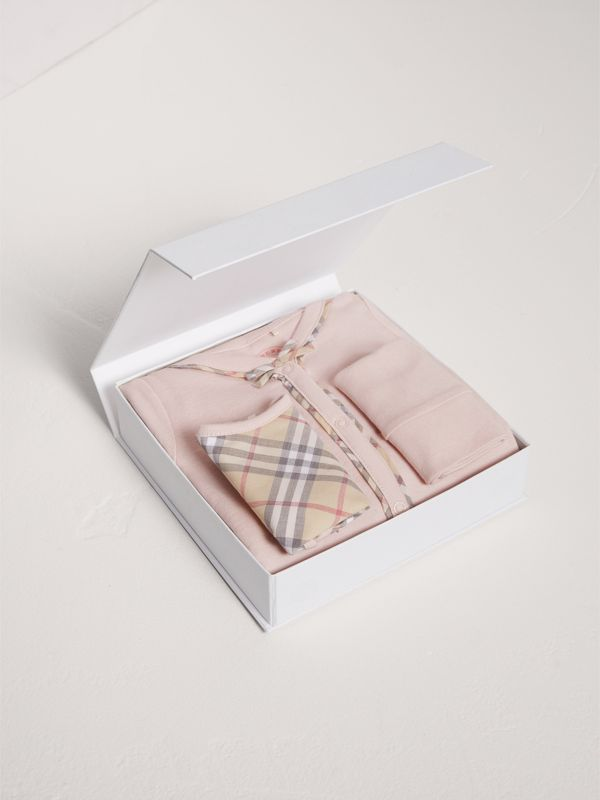 Check Cotton Three-piece Baby Gift Set in Powder Pink | Burberry - cell image 2