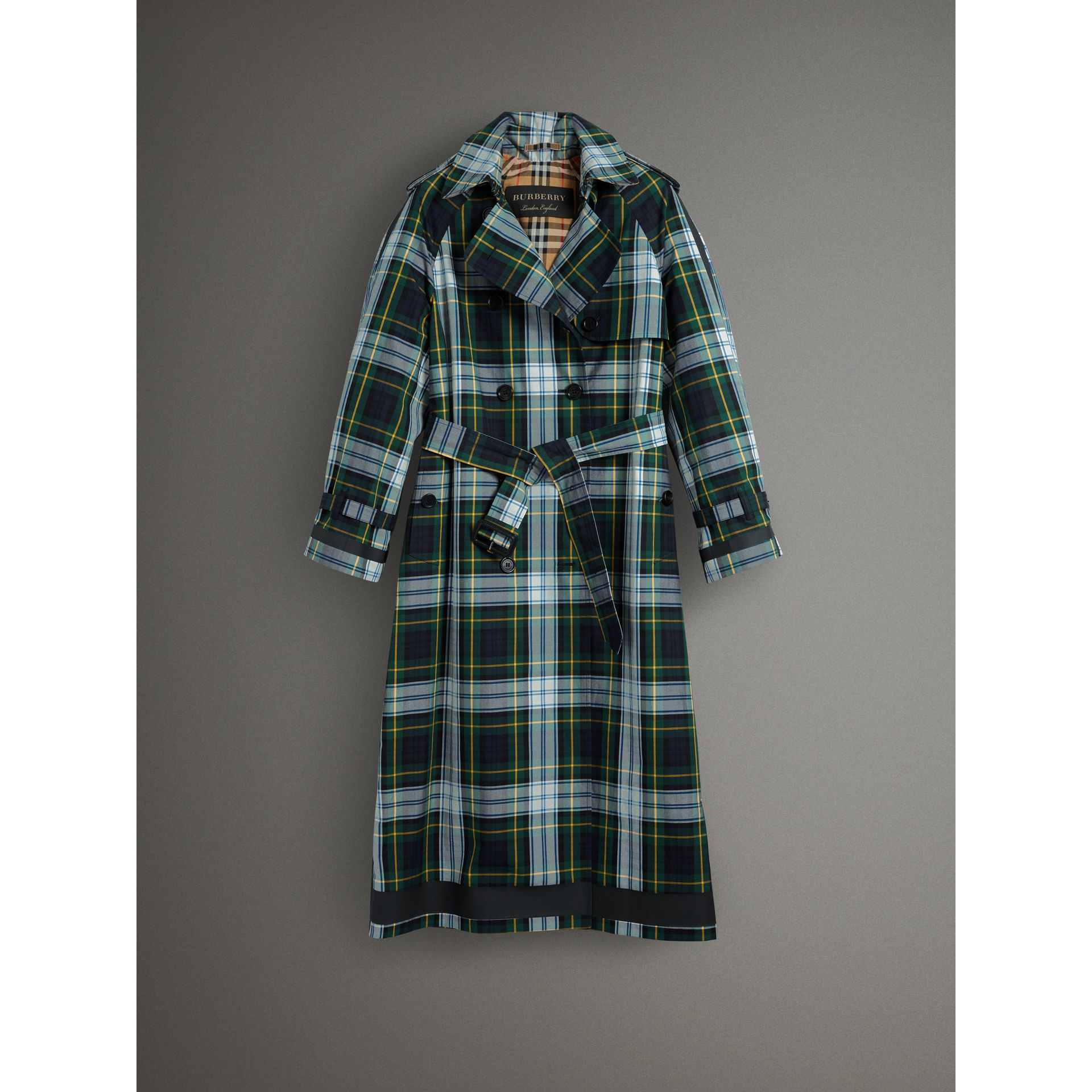 Tartan Cotton Gabardine Trench Coat in Ink Blue - Women | Burberry - gallery image 4