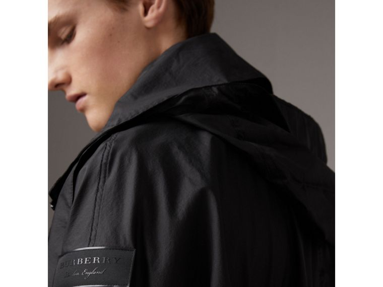 Packaway Hood Funnel-neck Jacket in Black - Men | Burberry Hong Kong - cell image 4
