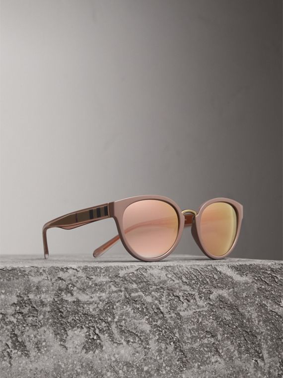 Check Detail Mirrored Cat-eye Frame Sunglasses in Nude