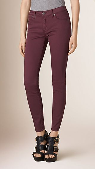Skinny Fit Low-Rise Power-Stretch Jeans