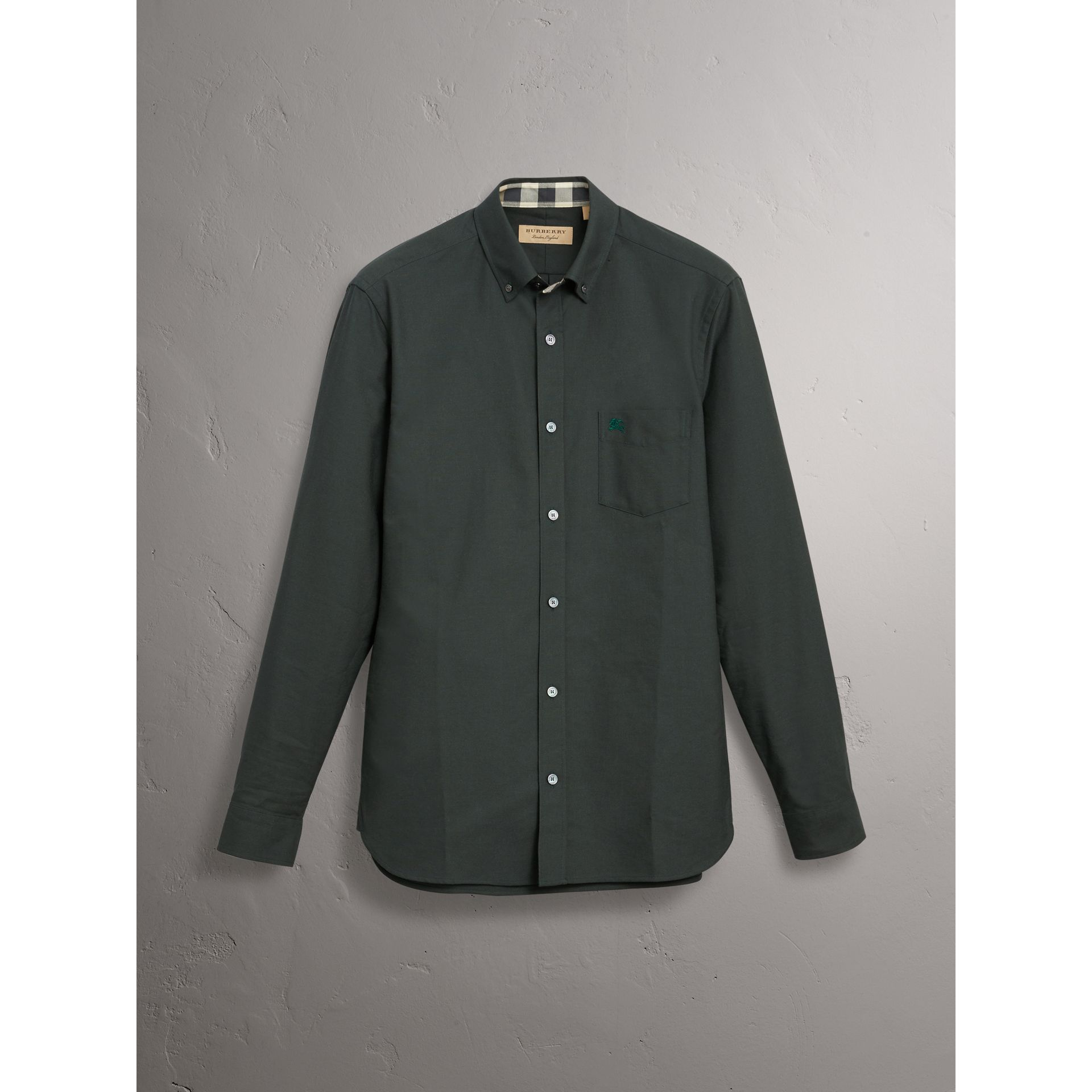 Check Detail Cotton Oxford Shirt in Dark Forest Green - Men | Burberry United Kingdom - gallery image 3