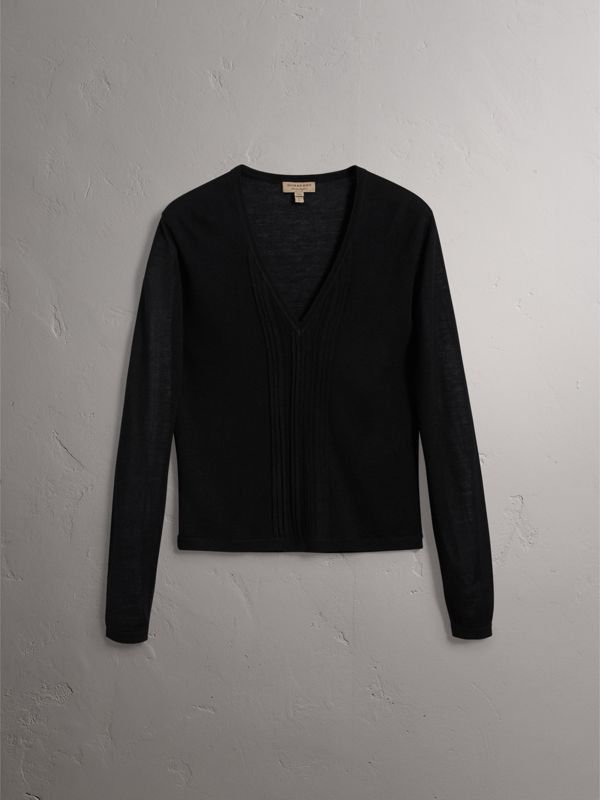 Pintuck Detail Cashmere V-neck Sweater in Black - Women | Burberry - cell image 3
