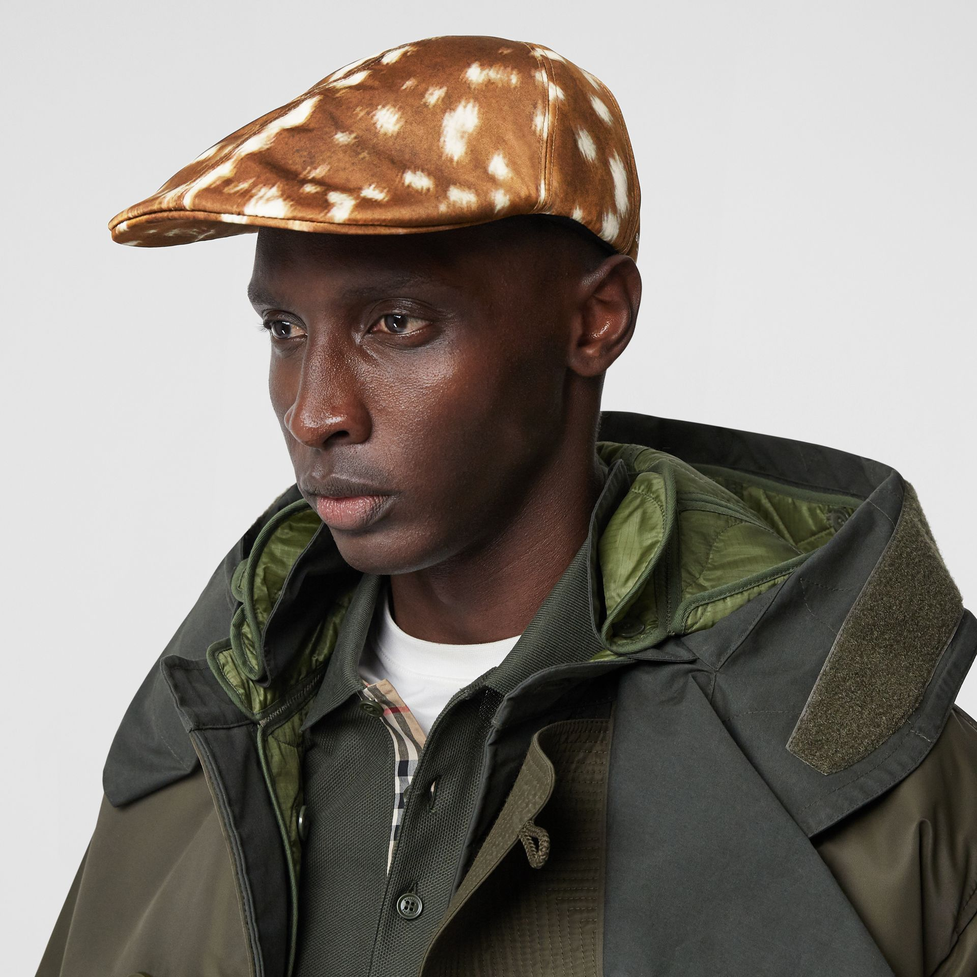 Deer Print Nylon Flat Cap in Tan | Burberry Singapore - gallery image 3