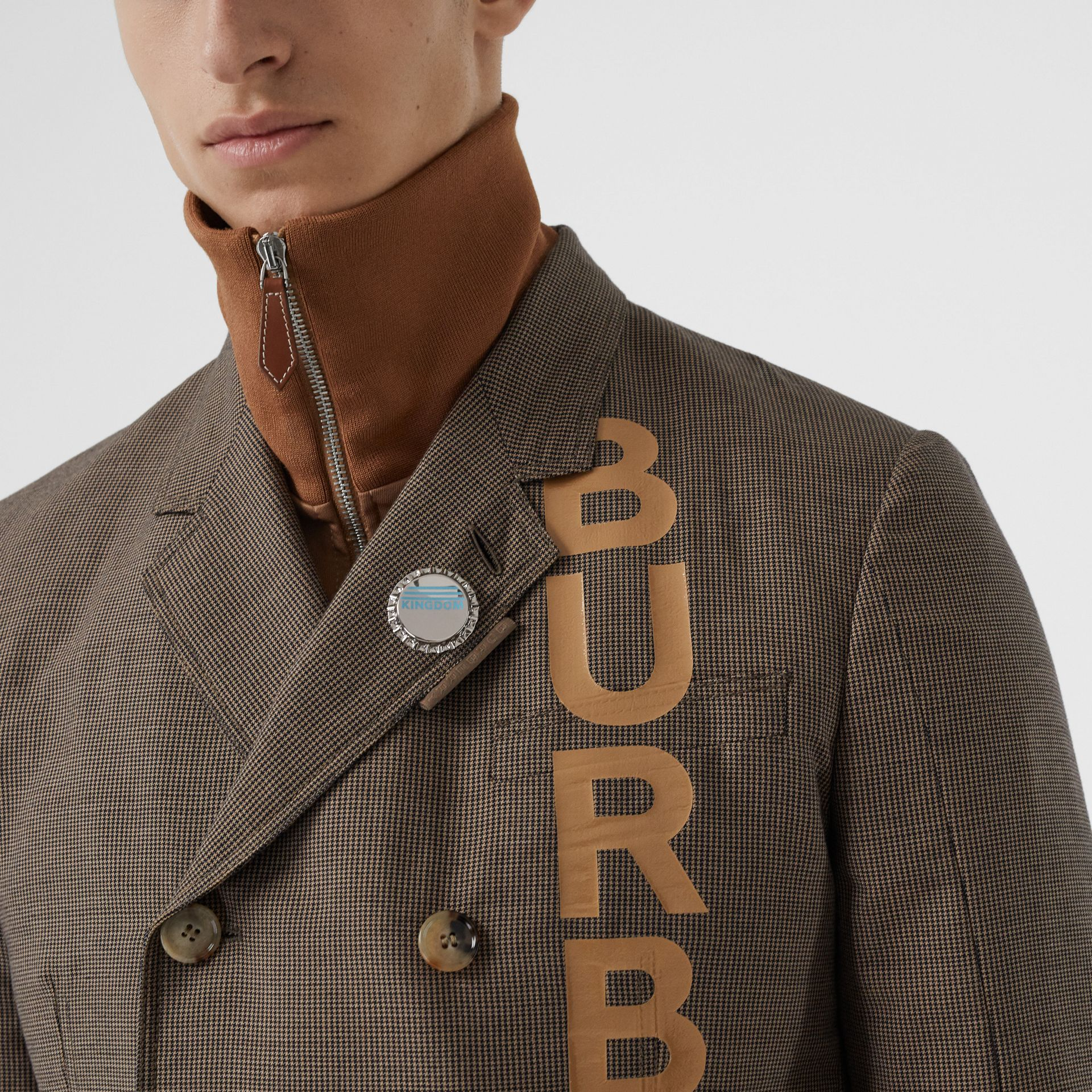 Palladium-plated Bottle Cap Brooch in Palladio | Burberry Australia - gallery image 2