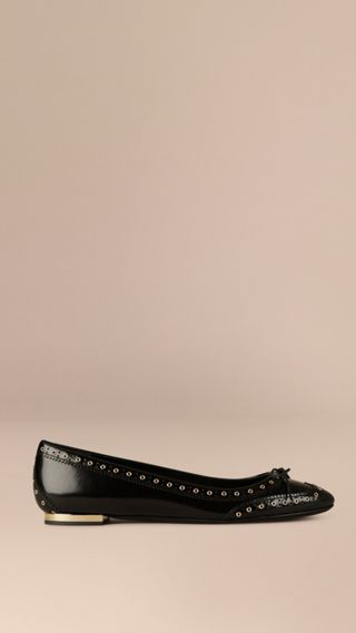 Online Exclusive Wingtip Leather Ballerinas