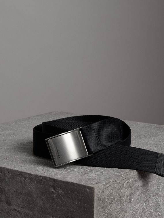 Plaque Buckle Nylon Belt in Black