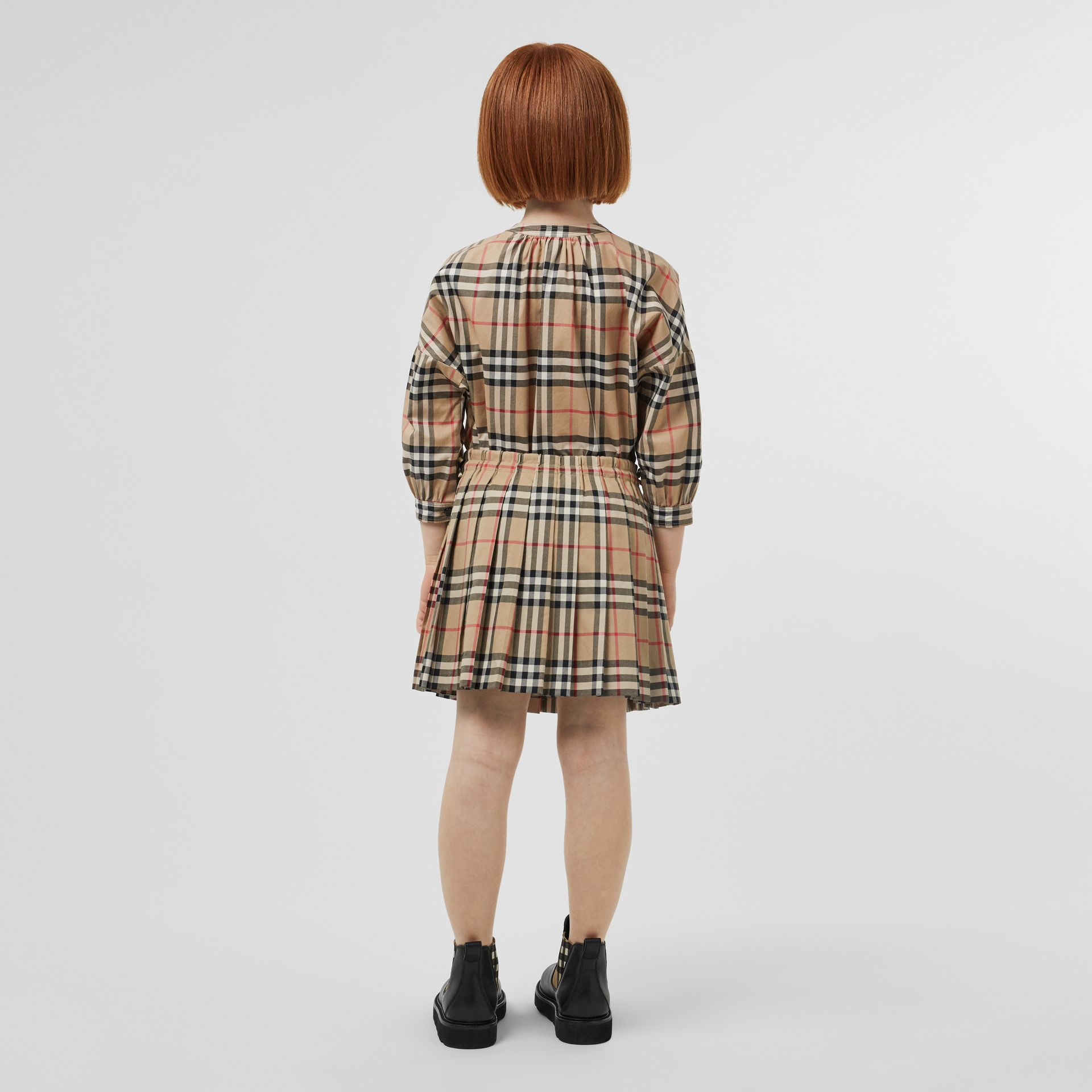 Vintage Check Pleated Skirt in Archive Beige | Burberry Canada - gallery image 2