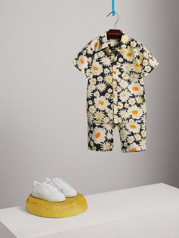 Short-sleeve Daisy Print Shirt in Black - Boy | Burberry United Kingdom - cell image 2