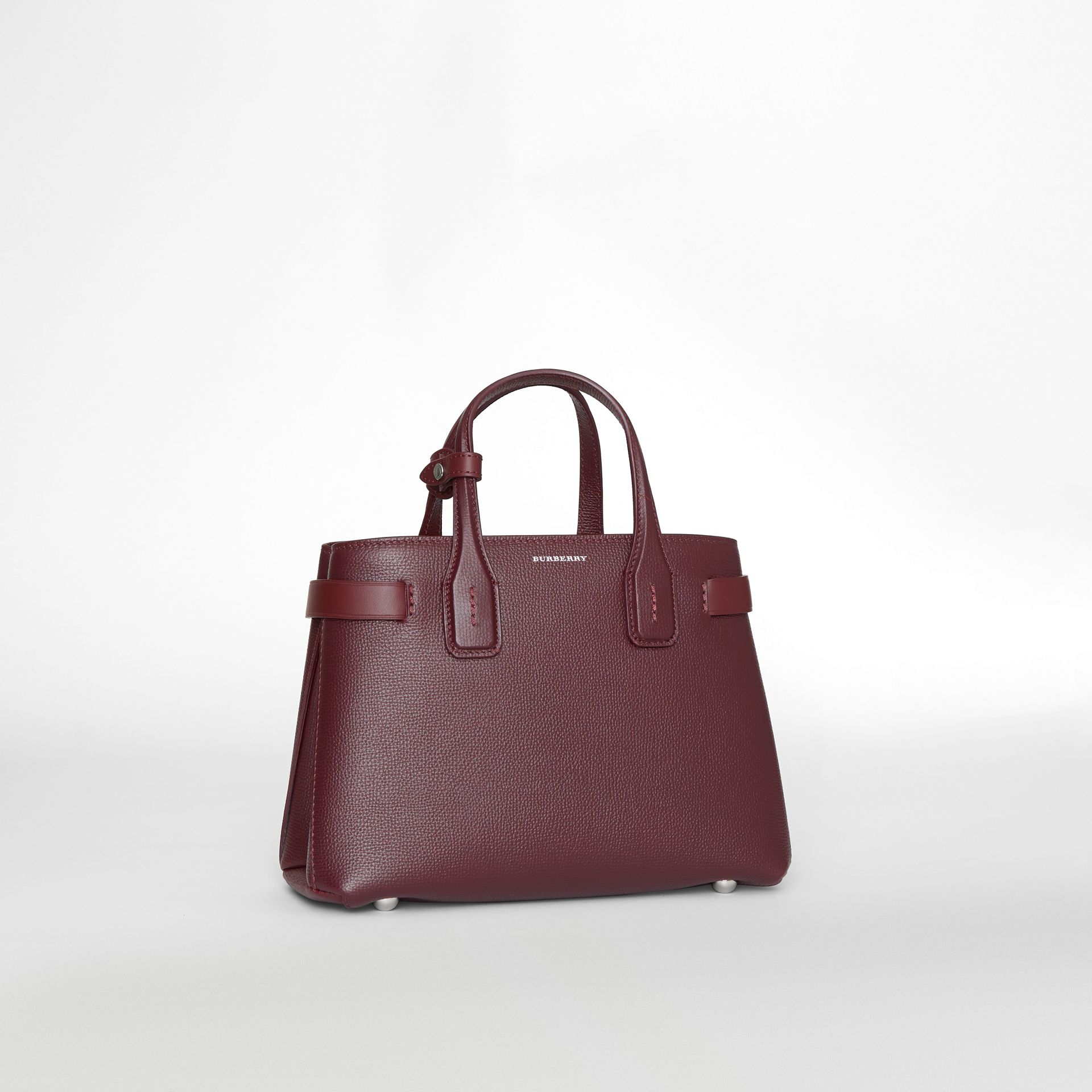 The Small Banner in Leather and Vintage Check in Mahogany Red - Women | Burberry United Kingdom - gallery image 7
