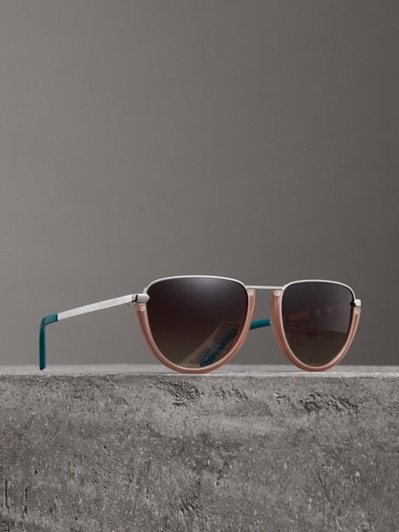 Fliegersonnenbrille mit rundem Gestell im Halbmonddesign (Nudefarben)