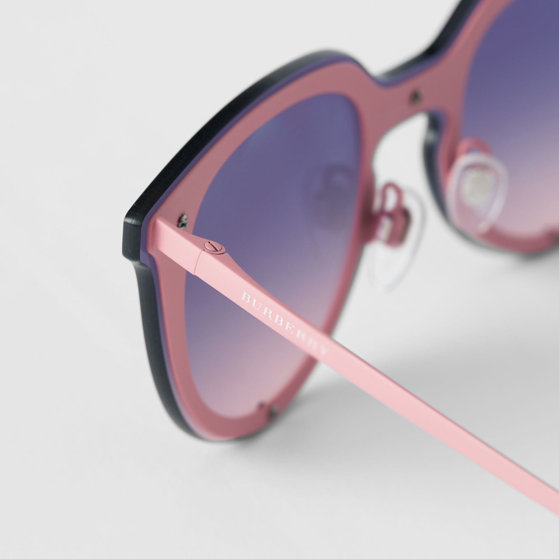 Keyhole Round Frame Shield Sunglasses in Pink - Women | Burberry - gallery image 1