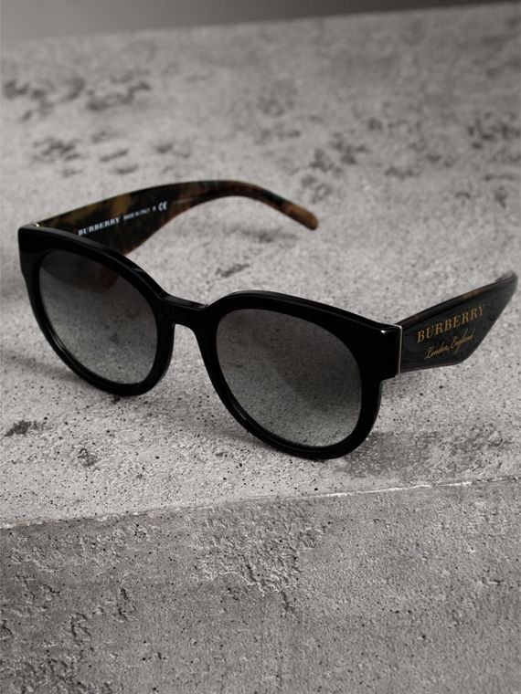 Round Frame Sunglasses in Black - Women | Burberry Australia - cell image 2