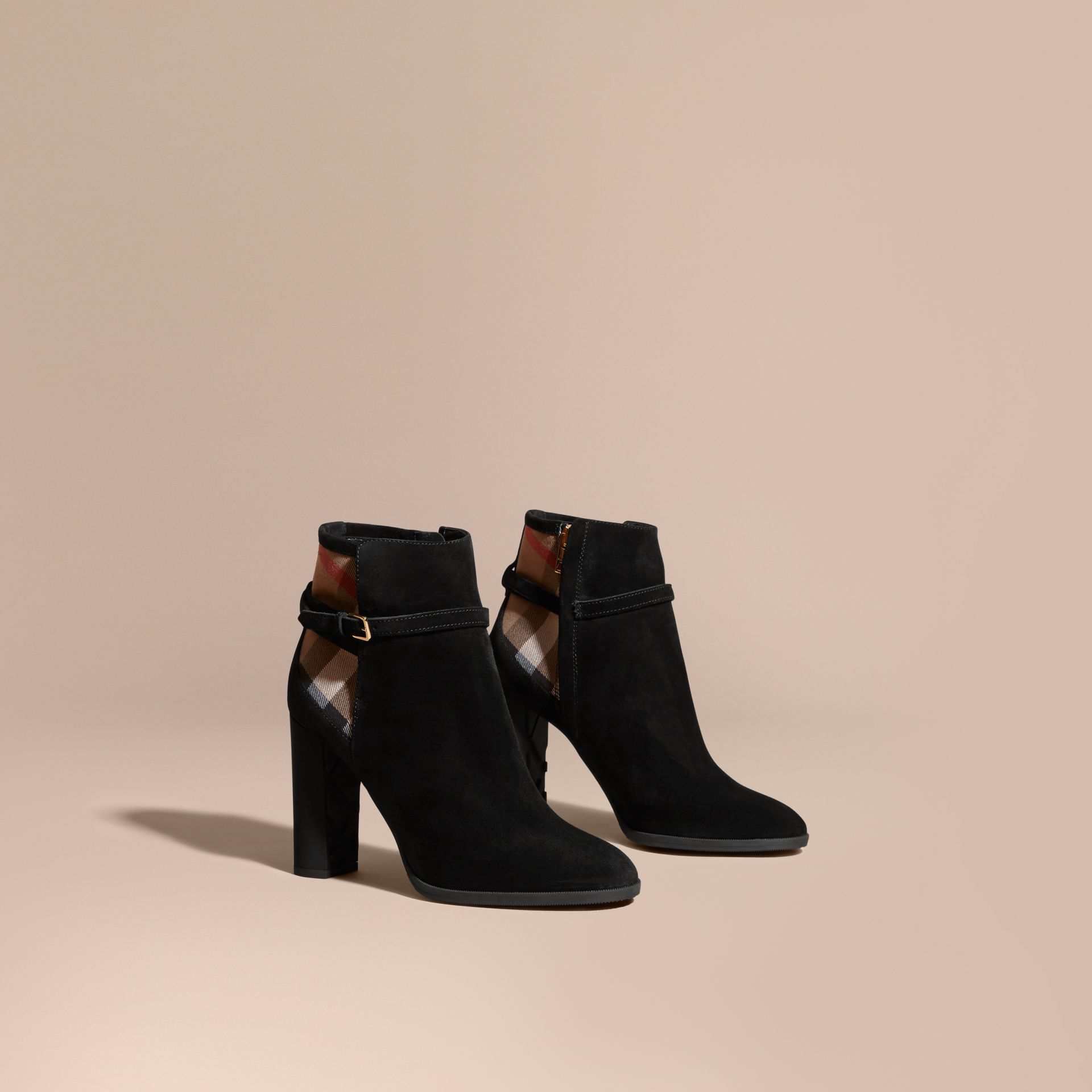 Noir Bottines en cuir velours avec motif House check - photo de la galerie 1
