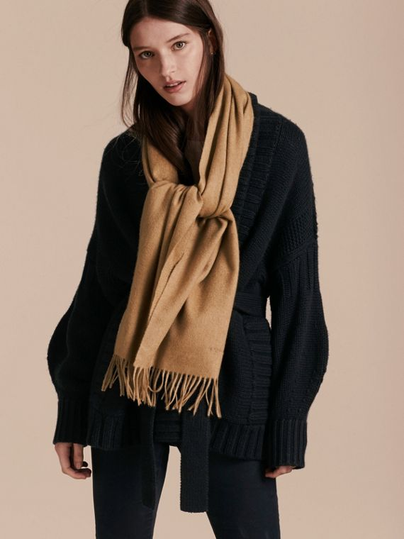The Classic Cashmere Scarf in Camel | Burberry - cell image 2