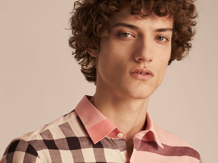 Check Cotton Poplin and Linen Shirt in Rose Pink - cell image 4