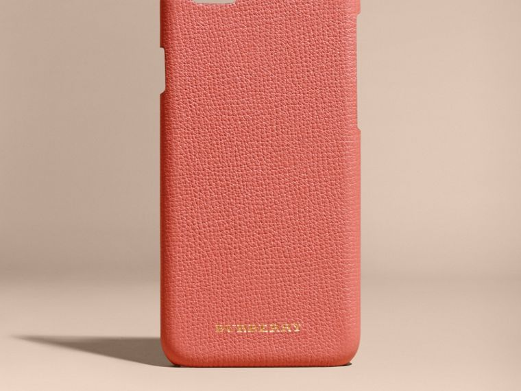 Grainy Leather iPhone 6 Case in Copper Pink - Women | Burberry Australia - cell image 4