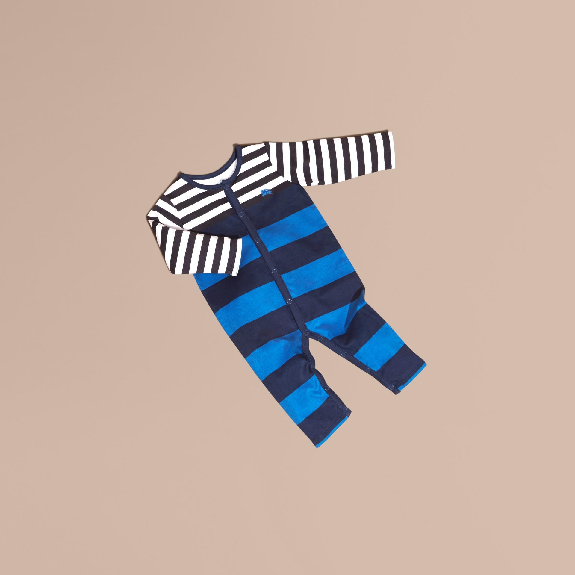 Bleu encre Grenouillère en coton rayé - photo de la galerie 1