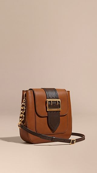 Borsa The Buckle media quadrata in pelle