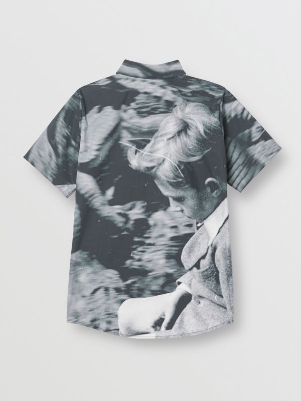 Short-sleeve Vintage Photo Print Cotton Shirt in Black | Burberry - cell image 3