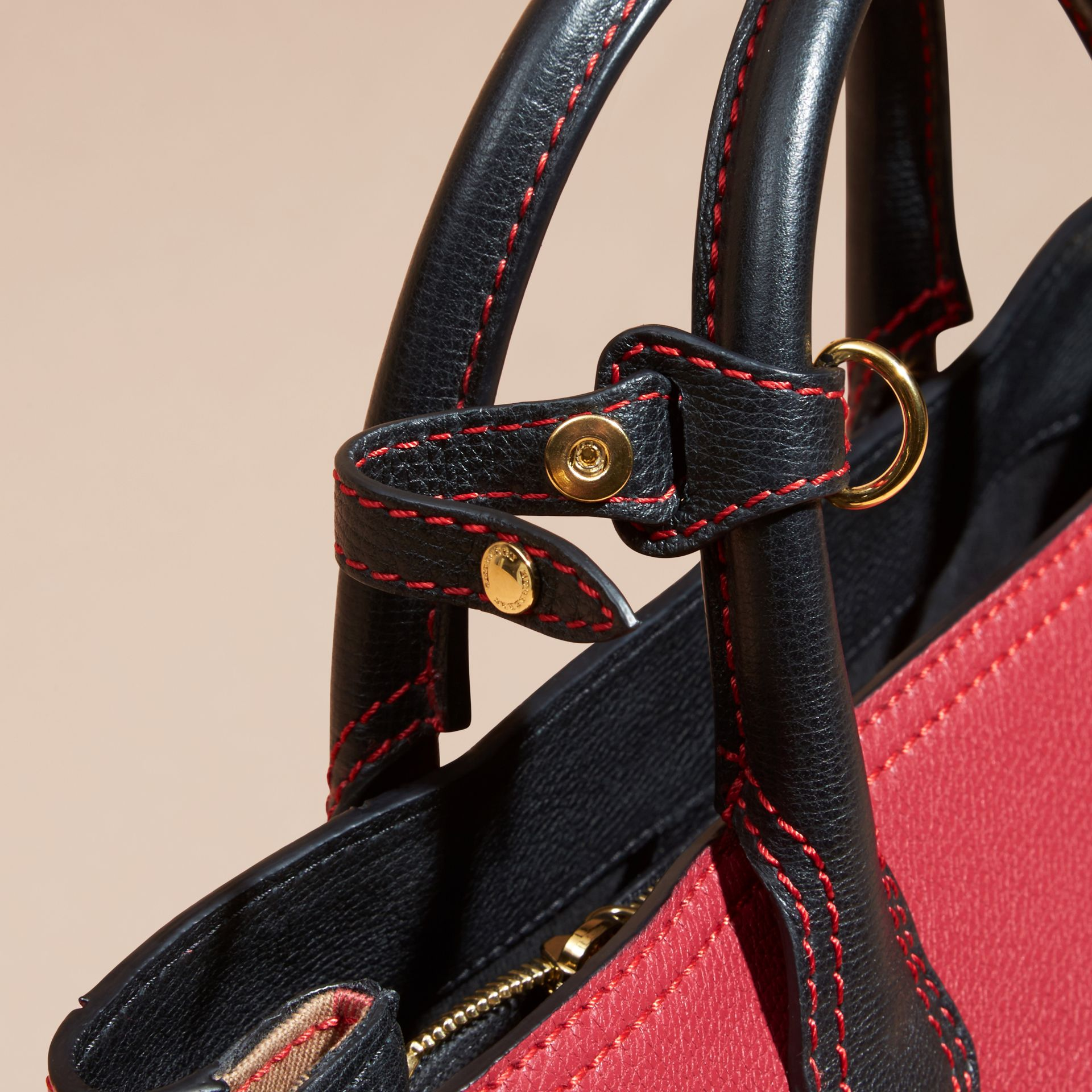 The Medium Banner in Colour Block Leather in Pink - Women | Burberry Canada - gallery image 6