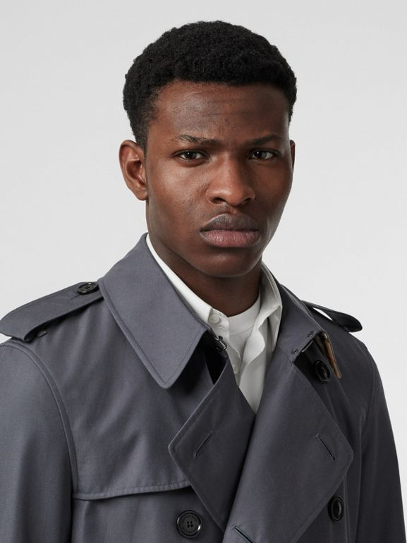Short Chelsea Fit Trench Coat in Mid Grey - Men | Burberry United Kingdom - cell image 1