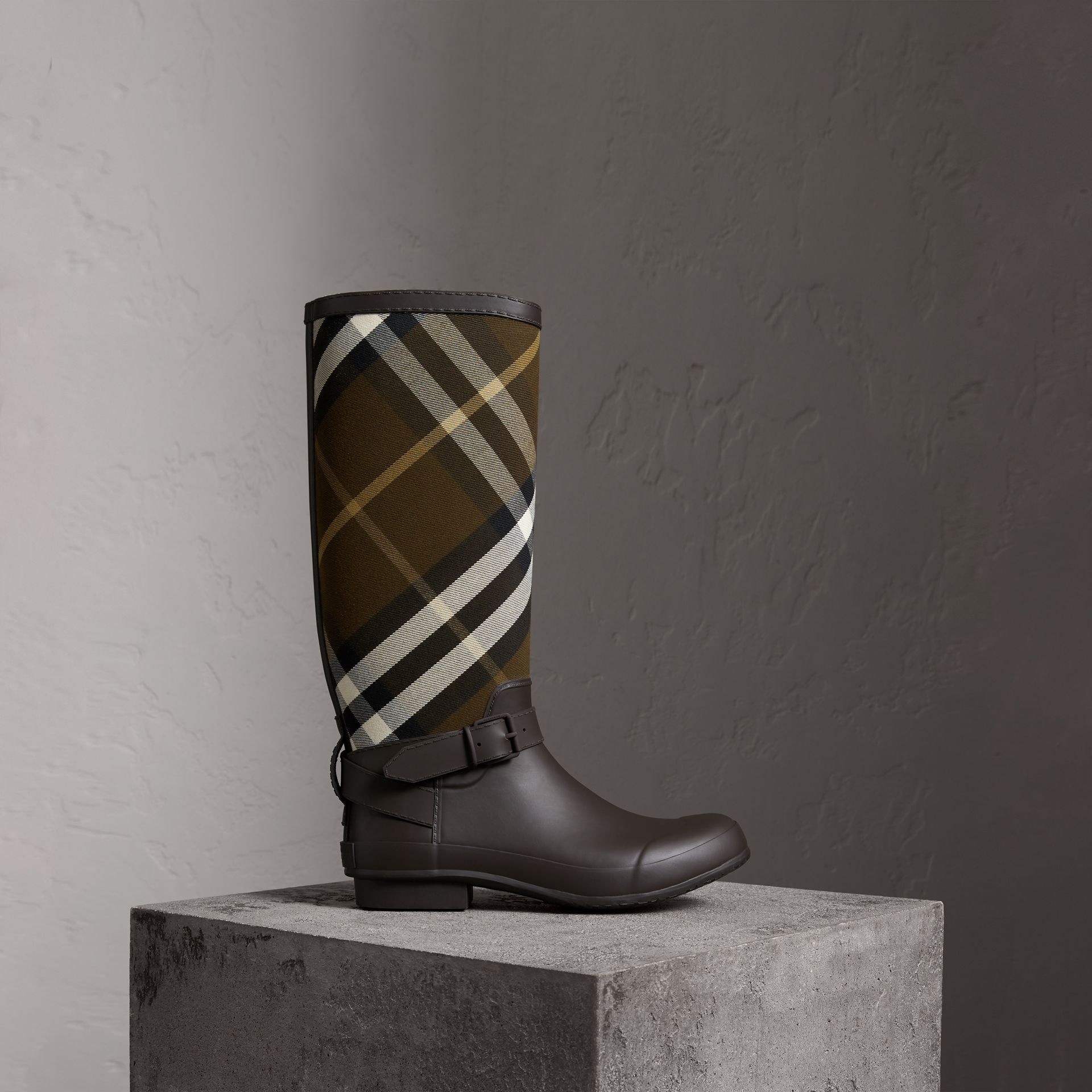 Belt Detail House Check and Rubber Rain Boots in Bitter Chocolate - Men | Burberry Australia - gallery image 0