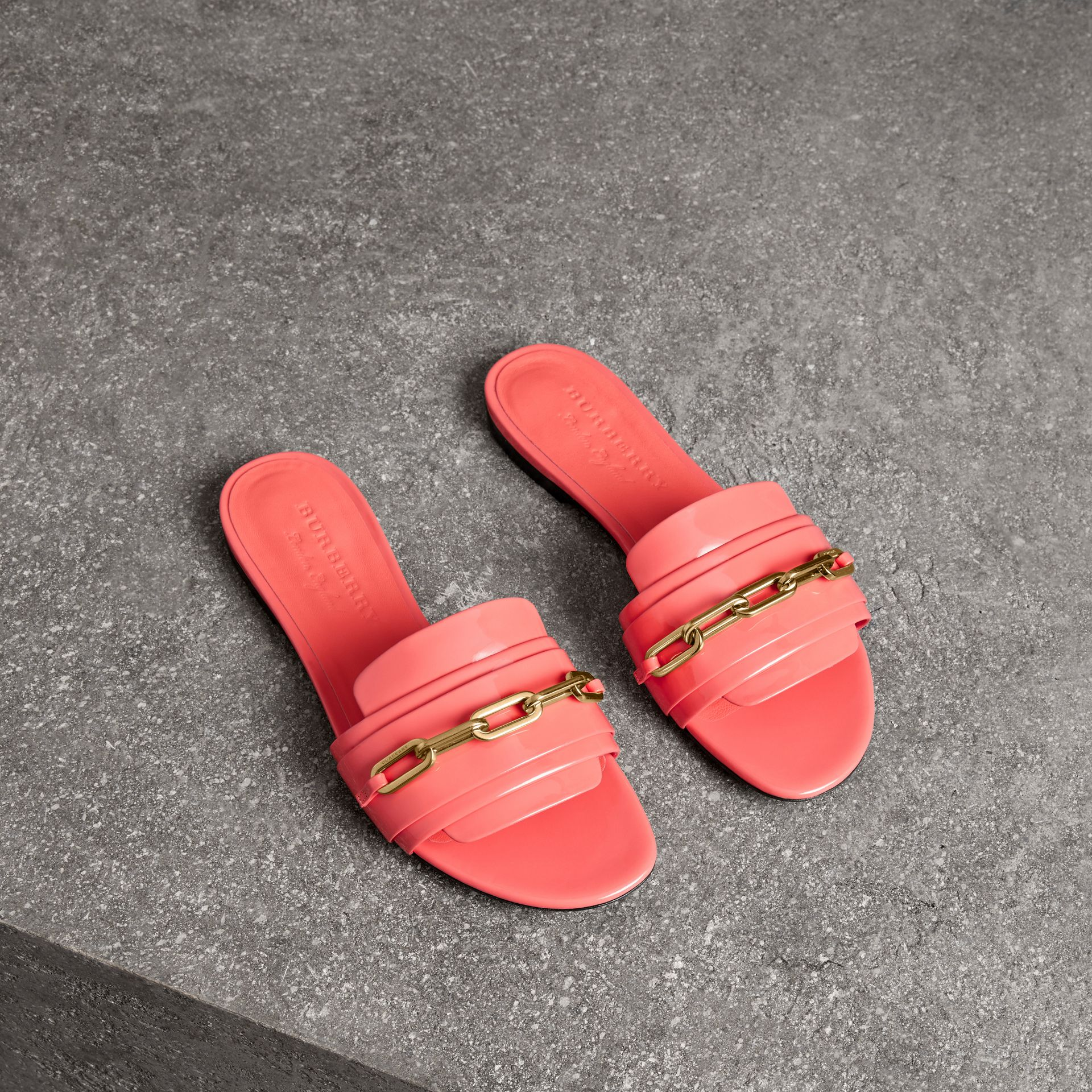 Link Detail Patent Leather Slides in Pink Azalea - Women | Burberry - gallery image 0