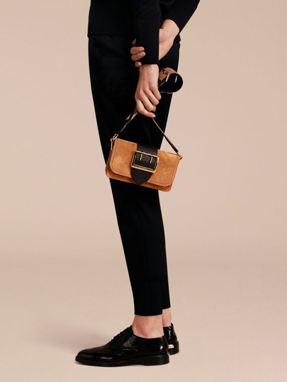 The Small Buckle Bag in Suede with Topstitching in Bright Toffee/black - cell image 2