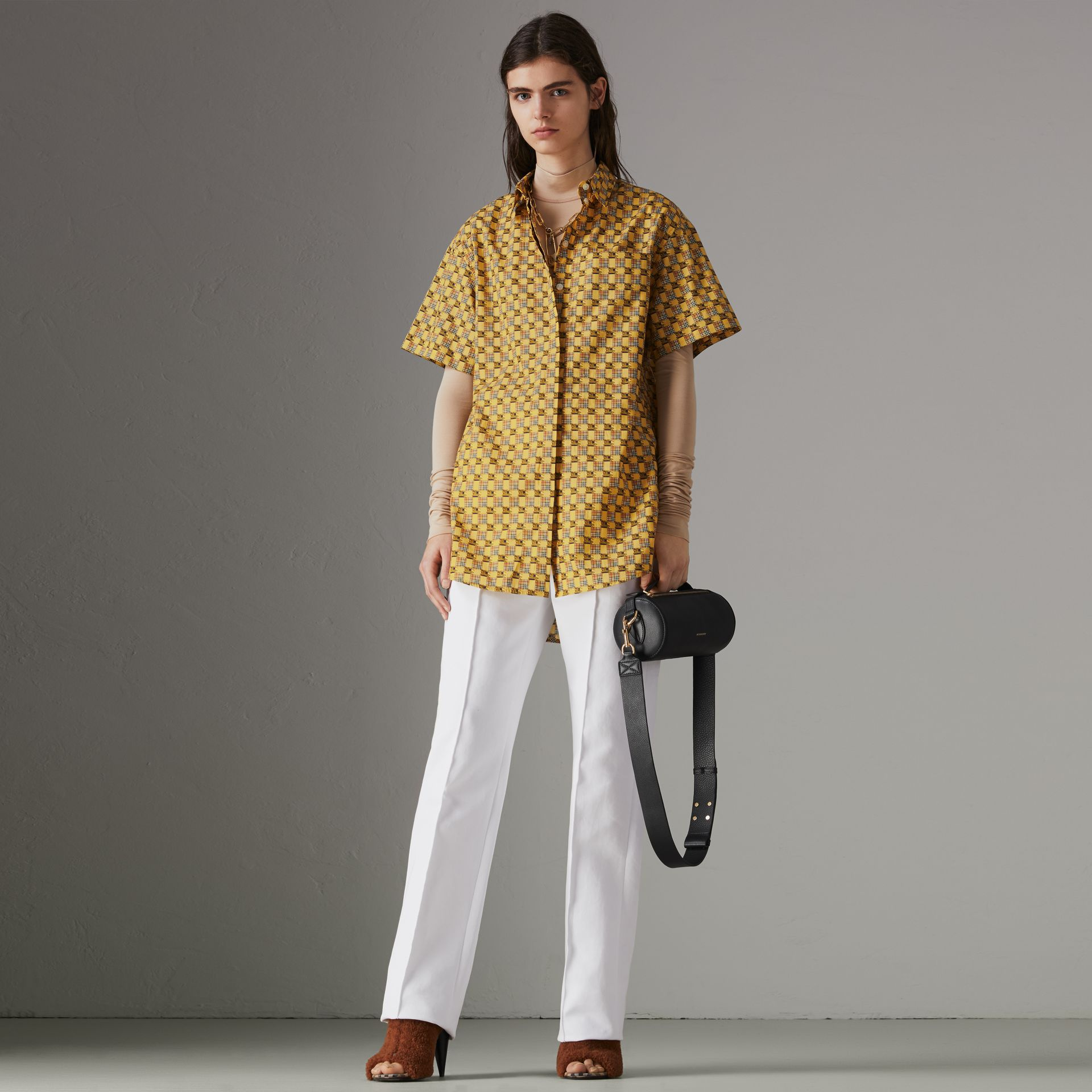 Short-sleeve Tiled Archive Print Cotton Shirt in Yellow - Women | Burberry - gallery image 0