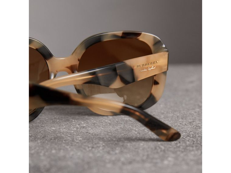 Square Frame Sunglasses in Honey - Women | Burberry United States - cell image 1