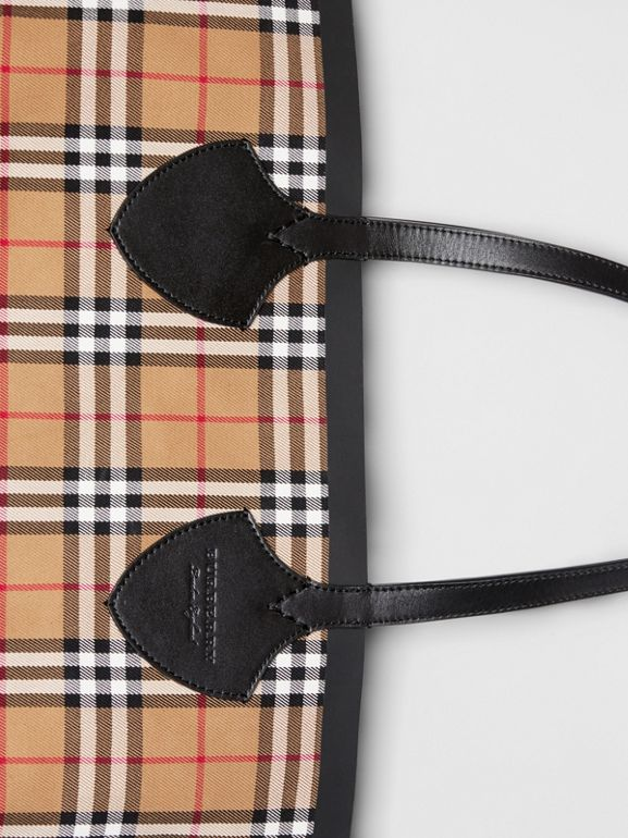 Sac tote The Giant moyen en Vintage check (Jaune Antique/rouge Vif) | Burberry Canada - cell image 1