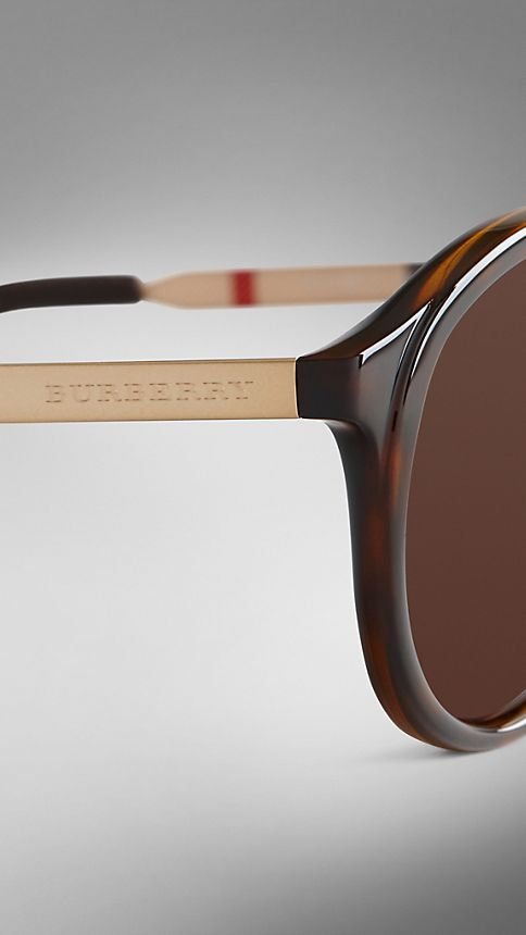 Tortoise shell Trench Collection Round Frame Sunglasses - Image 5