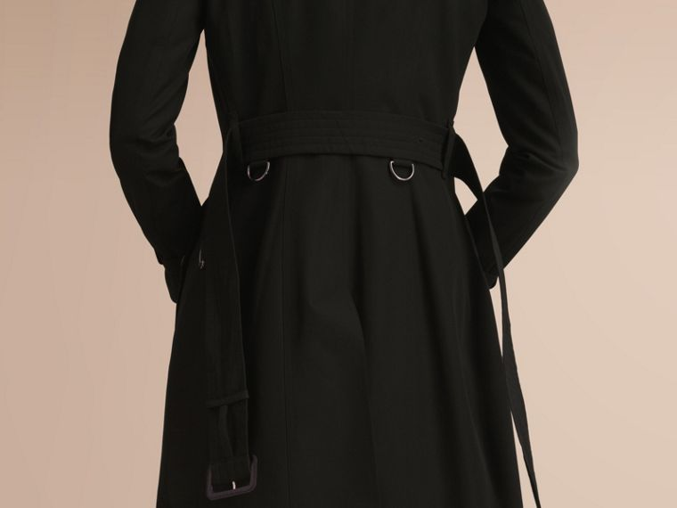 The Chelsea – Long Heritage Trench Coat in Black - Women | Burberry - cell image 4