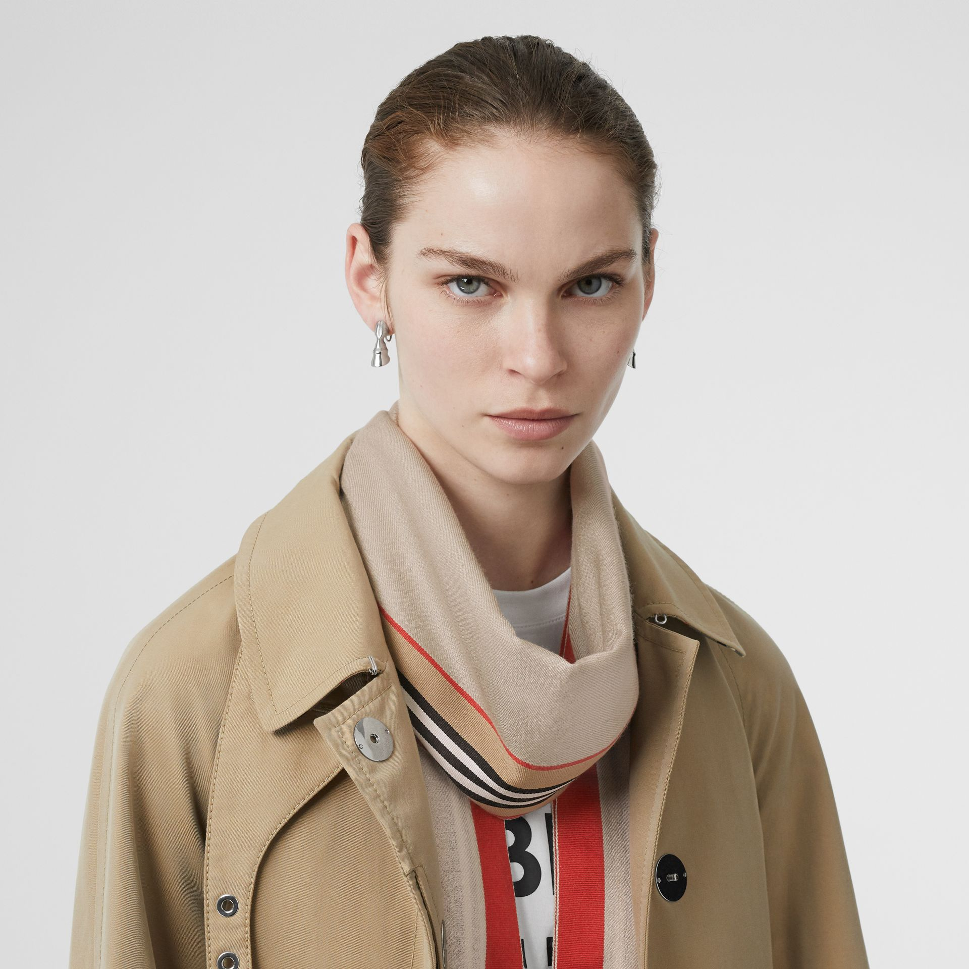 Icon Stripe Cashmere Silk Scarf in Stone | Burberry United Kingdom - gallery image 2