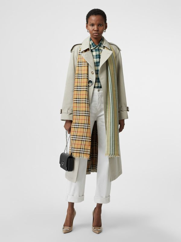 Vintage Check Colour Block Wool Silk Scarf in Light Mint | Burberry Hong Kong - cell image 2