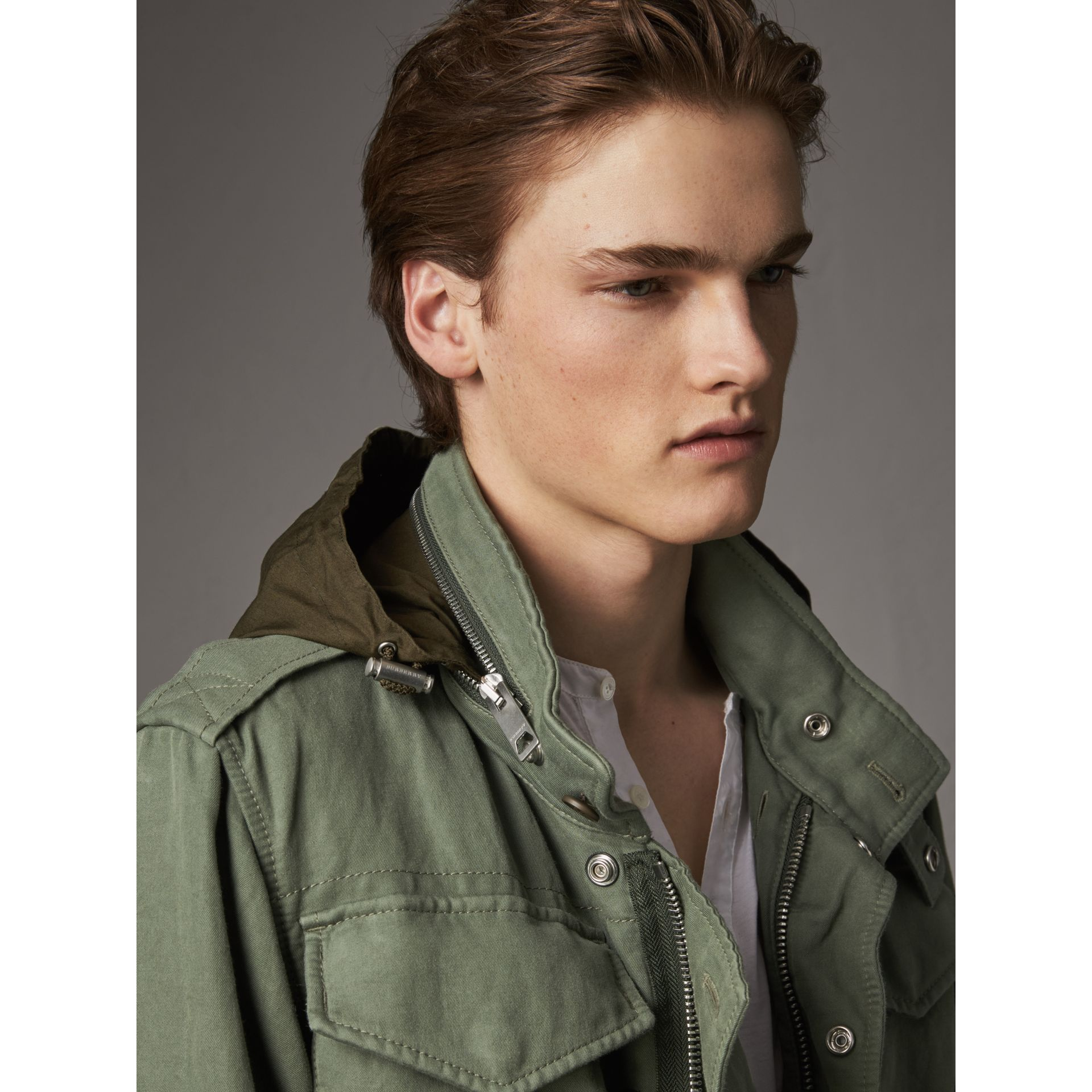 Packaway Hood Cotton Field Jacket with Fur Warmer in Slate Green - Men | Burberry United Kingdom - gallery image 4