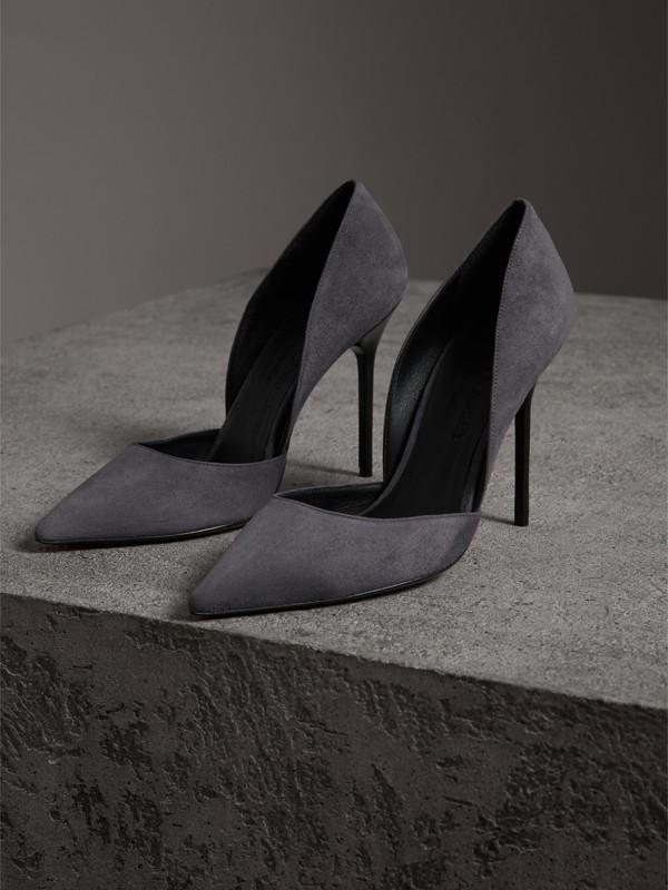 Scarpins de camurça (Cinza) - Mulheres | Burberry - cell image 3