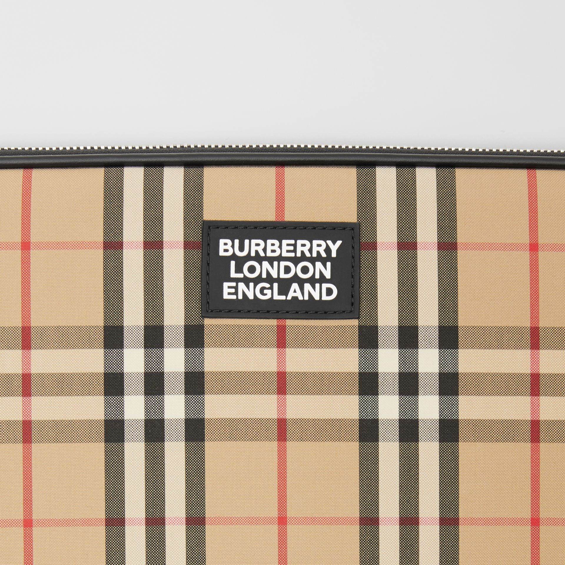 Vintage Check Digital Case in Archive Beige - Men | Burberry Hong Kong S.A.R - gallery image 1