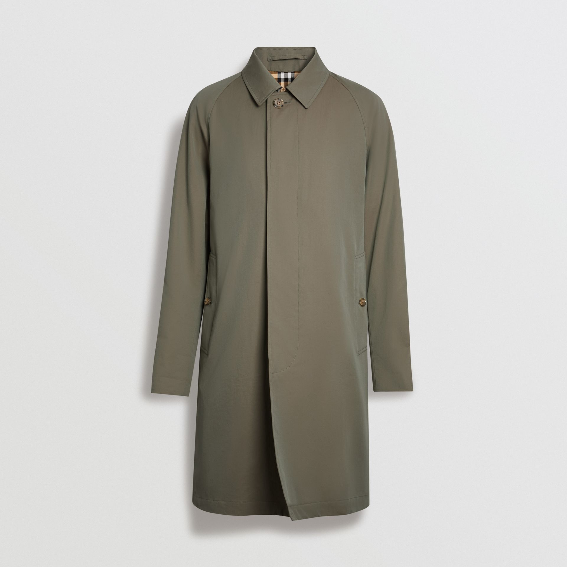 The Camden Car Coat in Chalk Green - Men | Burberry United Kingdom - gallery image 3