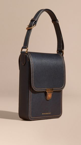 The Small Satchel aus strukturiertem Leder