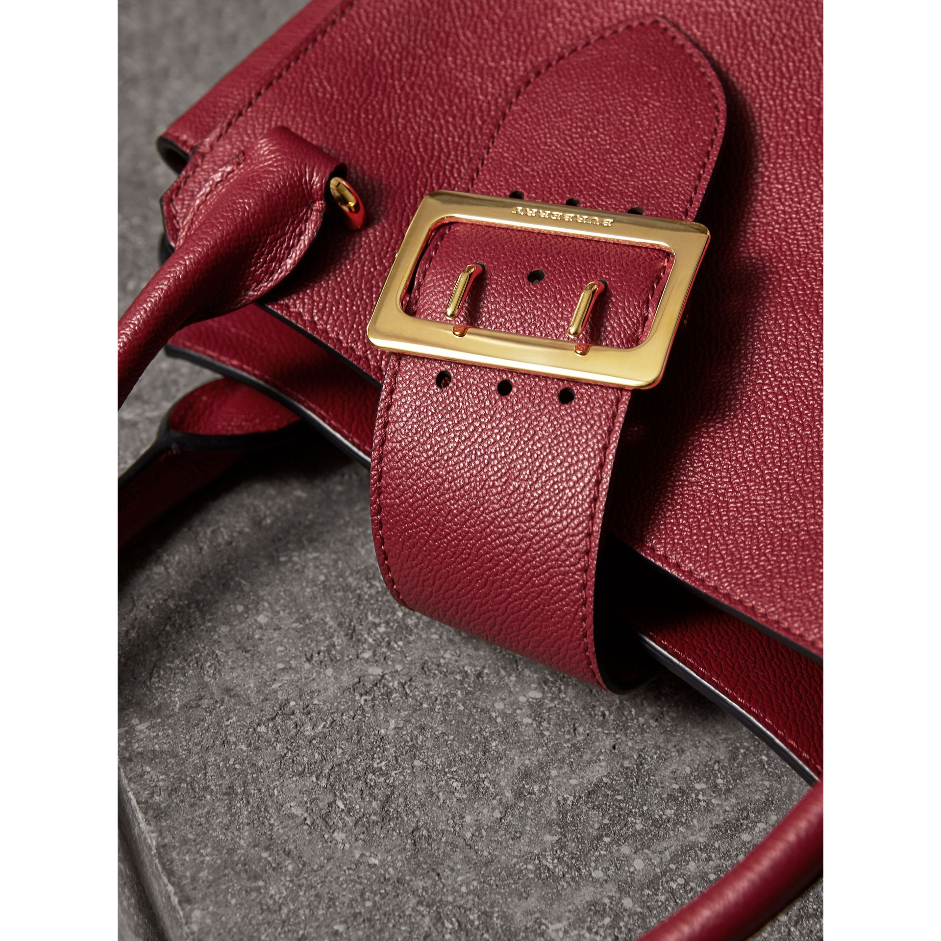 The Medium Buckle Tote in Grainy Leather in Parade Red - Women | Burberry United Kingdom - gallery image 1