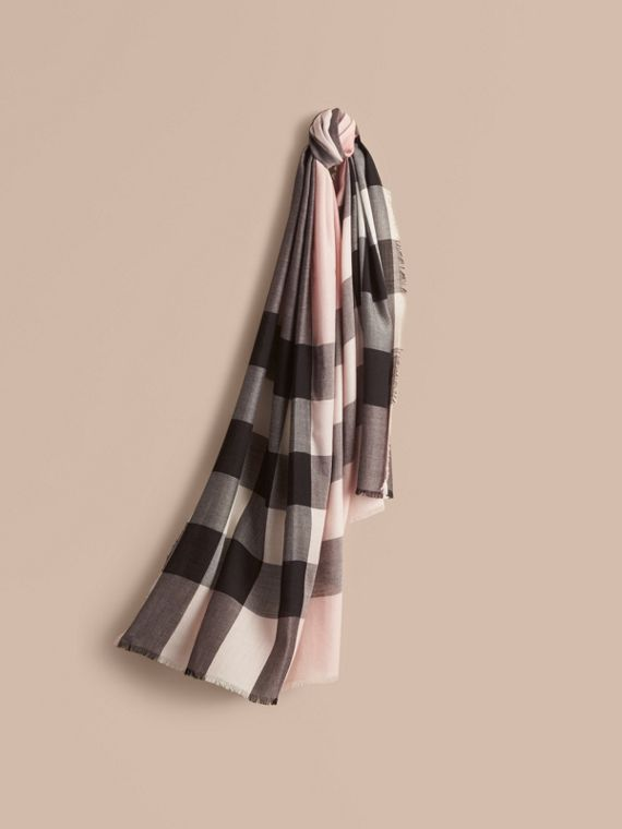 The Lightweight Cashmere Scarf in Check in Ash Rose | Burberry Canada