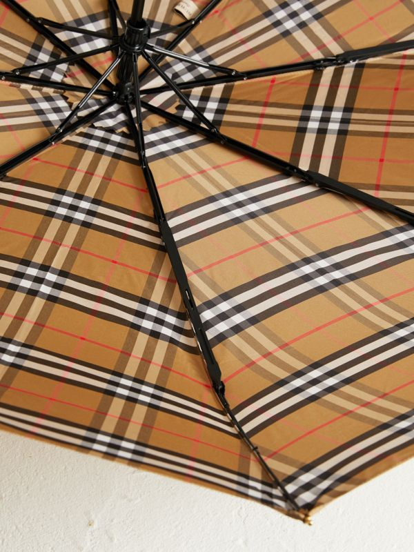 Vintage Check Folding Umbrella in Antique Yellow/honey | Burberry United Kingdom - cell image 2