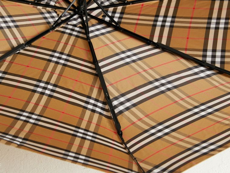 Vintage Check Folding Umbrella in Antique Yellow/honey | Burberry - cell image 2