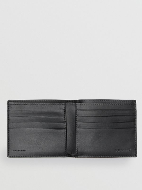Archive Campaign Print International Bifold Wallet in Black/white - Men | Burberry Singapore - cell image 2