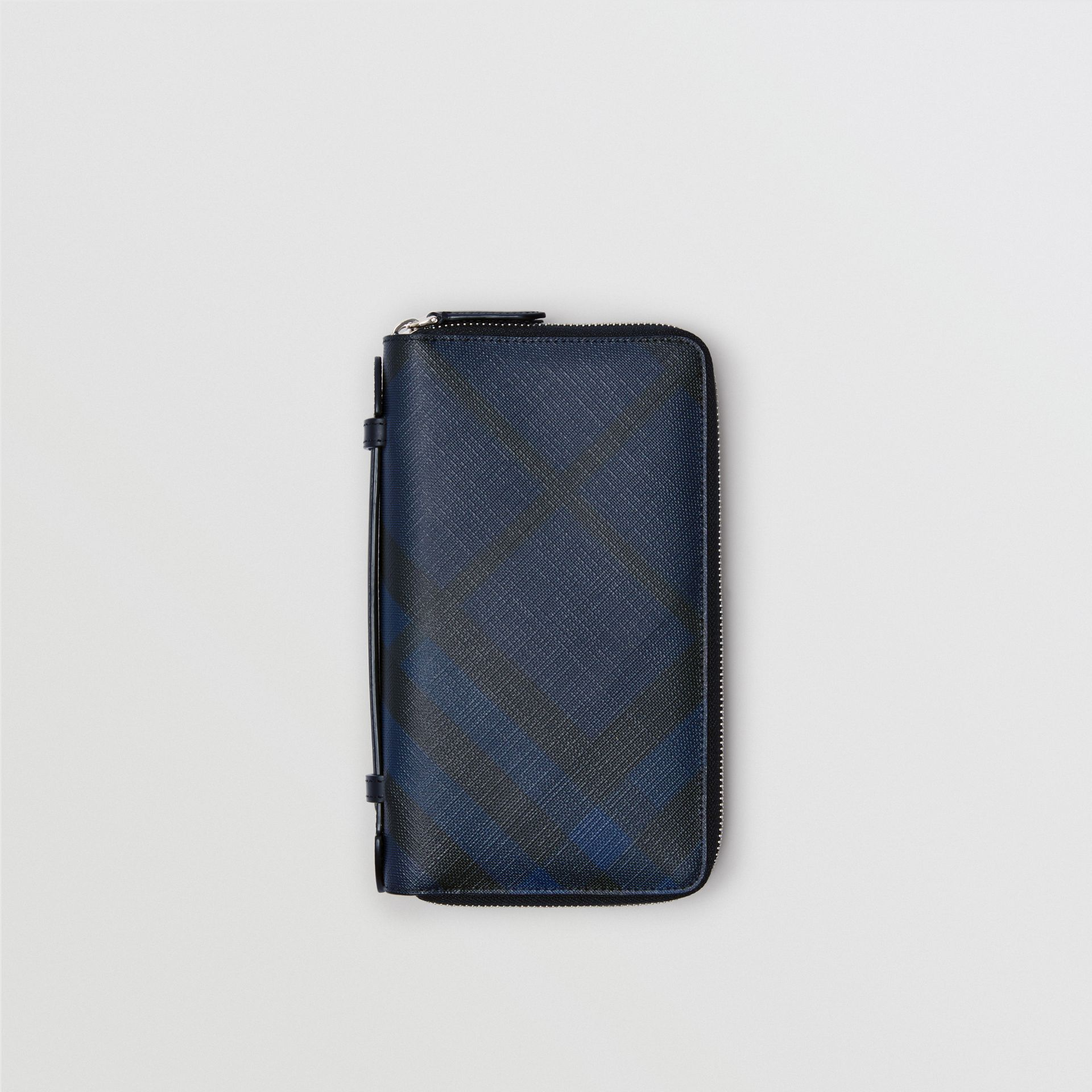 London Check Travel Wallet in Navy/black - Men | Burberry Hong Kong - gallery image 0