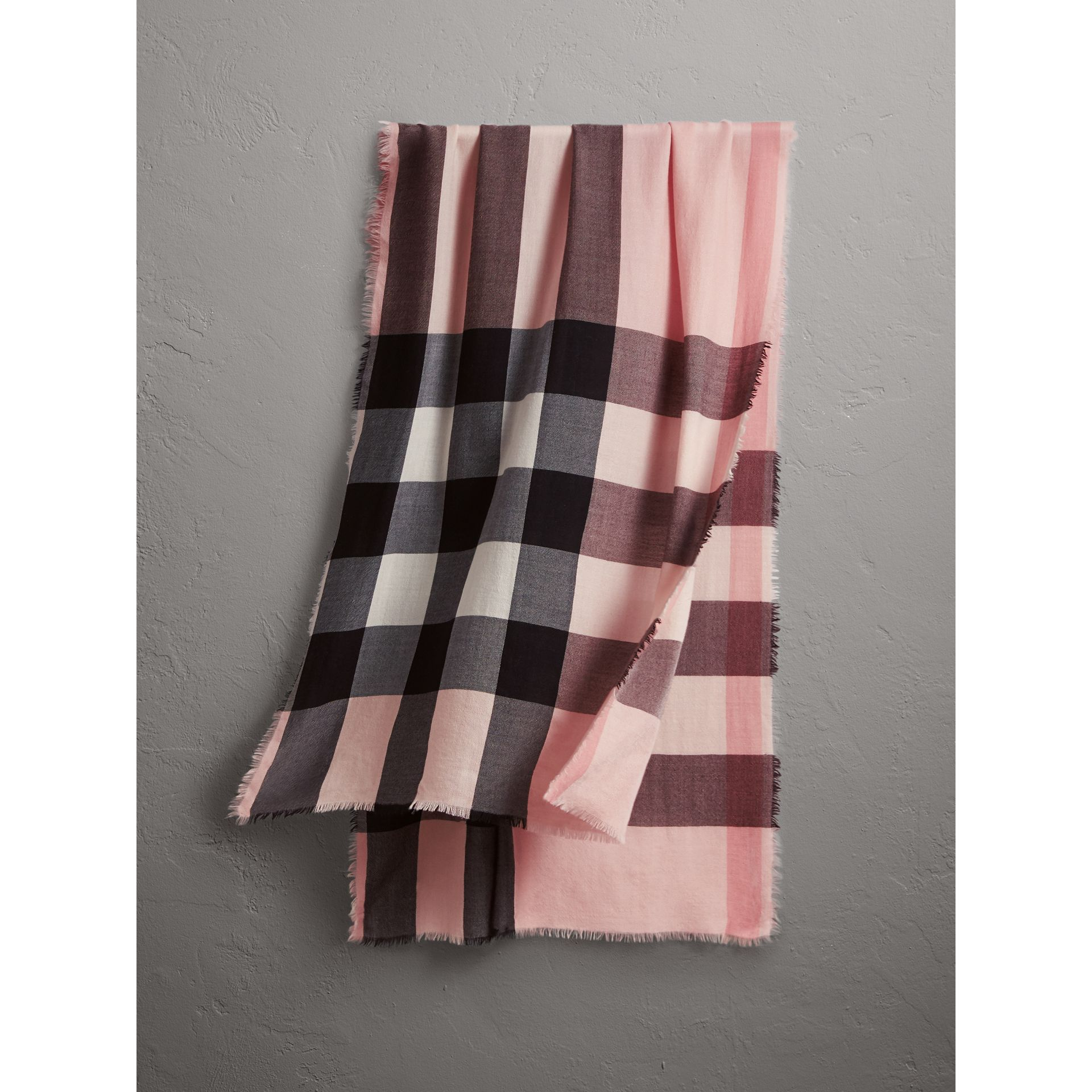 The Lightweight Check Cashmere Scarf in Ash Rose | Burberry Australia - gallery image 0